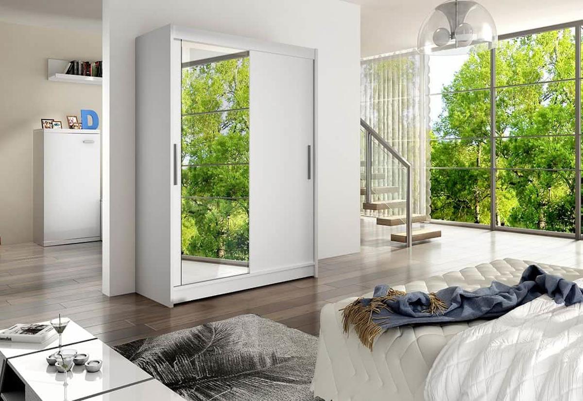 Posuvná šatní skříň WESTA VI se zrcadlem, 150x200x58, bílá mat