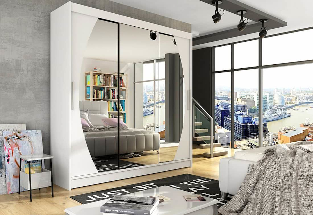Posuvná šatní skříň ASTON V se zrcadlem, 250x215x58, bílá mat